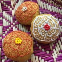 ハンドメイド刺繍 お花のブローチ