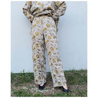 ERIKOKATORI「Flower Embroidely Pants」