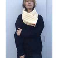 PHINGERIN「SQUARE WARMER QUILTED」