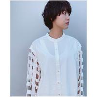 ERiKOKATORi「Tape embroidery shirts」white.