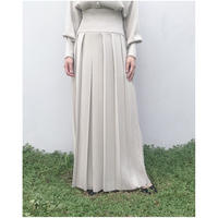 TAN.「PLEATS SKIRT」