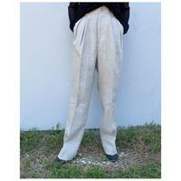 HOLIDAY「HEAVY LINEN TUCK PANTS」