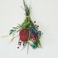 ワイルドフラワーならではのおしゃれなフラワーアレンジメント、スワッグ プレゼントやインテリアに!DIY可能!