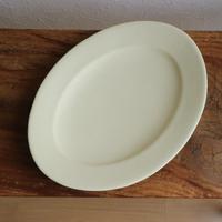オーバル皿Mサイズ・アイボリー /    あわびウェア
