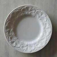 ※ 記録用 19世紀 クレイユエモントロー 白いレリーフ皿