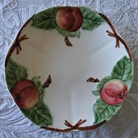 バルボティーヌ ショワジー りんごのレリーフ デザートプレート