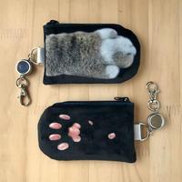 CAT PAW PASS HOLDER _fluffy_black_Okinawa