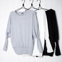 定番のバルーン袖ニット☆☆