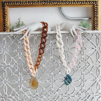 Pono'i plastic chain necklace