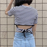 back ribbon T-shirt