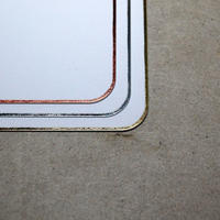 サンプル3 縁キワ四辺0.5mm均一箔押しカード(角丸)