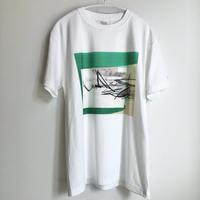 T-shirt / 六根 由里香