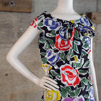 """Yves Saint Laurent"" Designed Sleeveless Blouse"