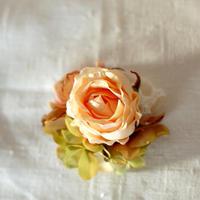 ローズのコサージュ(アート・peach)