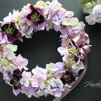 落ち着いたパステルカラーの紫陽花リース