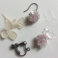 小さく揺れる 紫陽花の耳飾り[ライトパープル]