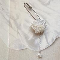 maru white brooch[1点限り]