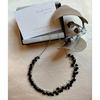星の粒necklace 【冬季限定カラー  /ブラック受注生産品】