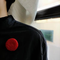 maru  brooch  [ruby red]
