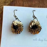 antique gold flower pierce
