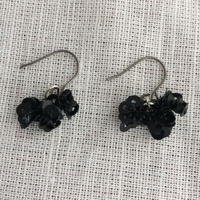 hirahira  black  pierce