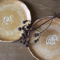 ライオンとロバの小皿(2個セット)