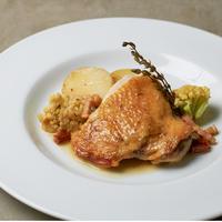 【予約販売】極上ワンパンキャンプ飯ミールキット 『骨つき鶏もも肉の白ワイン煮』 2名用