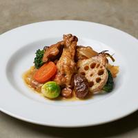 極上ワンパンキャンプ飯ミールキット 『鶏手羽元と季節野菜のトマト煮』 2名用