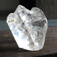 透明水晶の浄化石 threehorn