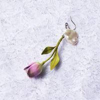 チューリップピアス 紫(片耳)(イヤリング交換可能)