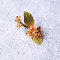 布花金木犀ピアス (片耳)(イヤリング交換可能)