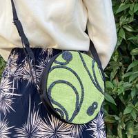 ビーズ刺繍ラウンドポーチ(モスグリーン)