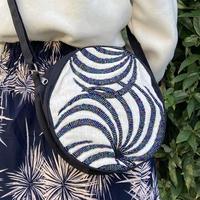 ビーズ刺繍ラウンドポーチ(ゼブラホワイト)