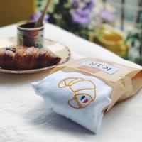 Keur paris   キュアパリ  刺繍Tシャツ  Croissant