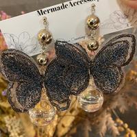 蝶々ウォーターピアス