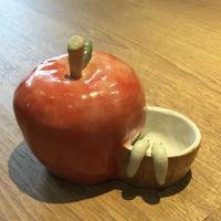 【むぎこむ工房様】オリジナル給水タンク☆りんご【一点物】