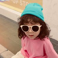 子供 韓国ファッション 透け感のサングラス
