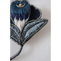 acou; フランスオートクチュール刺繍 gentian
