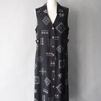 geometric pattern sleeveless dress