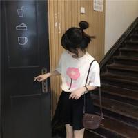 ピンクフラワー可愛い抜群クリーンTシャツ