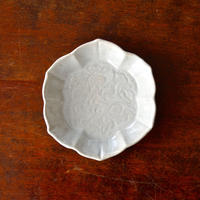 松本郁美   貫入柞灰釉 4.5寸鉢(牡丹と鹿)