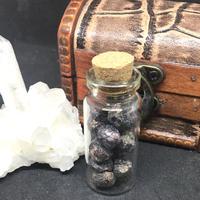 インド産ガーネット 原石 20g ガラス瓶入り G0003