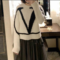 V  ウール混合sweater