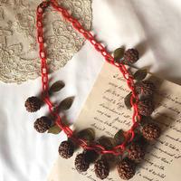 1950s  old plastic walnut necklace *fk809