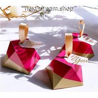 新品送料込  ギフトボックス 50個セット ダイヤモンド形状 赤×金  バレンタイン お誕生日会 結婚式 ラッピング プレゼント  m01146