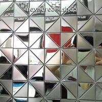 3D壁紙 30×30cm 11枚セット 三角 タイル 銀 ステンレス DIY リフォーム インテリア 部屋/キッチン/トイレにも h04379