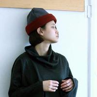 炬燵薫るニットキャップ /  enji