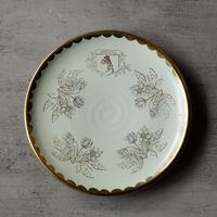 お花と紋章の小皿