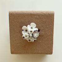 〖RING〗白のお花のリング