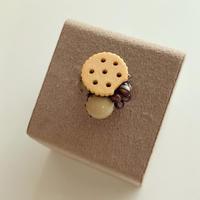〖RING〗かじりかけのクッキーリング